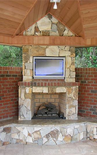 Plasma TV Buying Guide: Hanging your Plasma TV Over the Fireplace