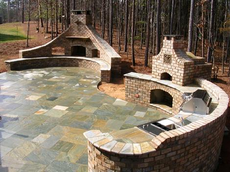 asian bluestone patio (wet)